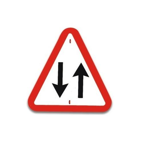 Traffic panel- Two way traffic