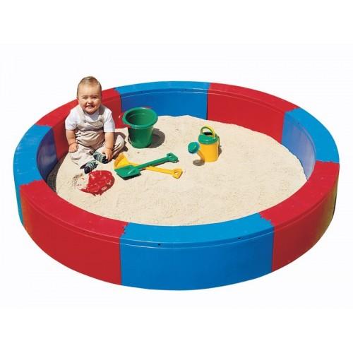Sensorial pool for sand